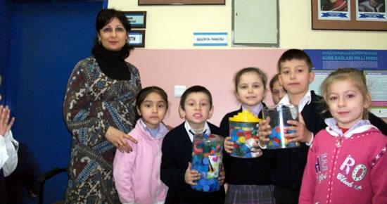 Akçalı İlköğretim Okulu'ndan 500 plastik kapak