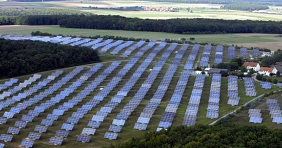 Almanya 2020 yılına kadar kömür ve doğalgaz santrallerinden vazgeçiyor