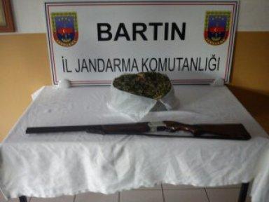 Amasra ve Ulus'ta uyuşturucu operasyonu