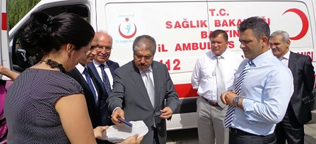 Ambulans teslim edildi