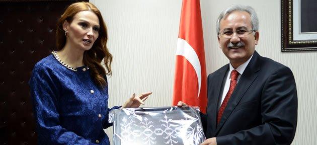 Azerbaycan Milletvekili Ganire Paşayeva Bartın'da