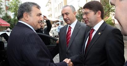Bakan Eroğlu Tunç'a Twitter'dan seslendi