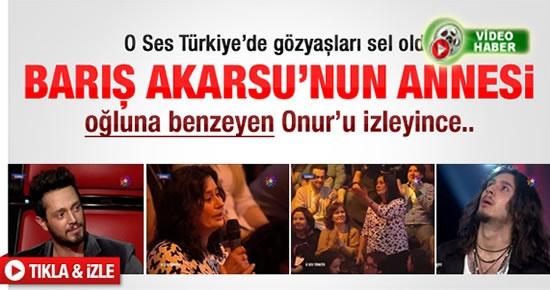 Barış Akarsu'nun annesi O Ses Türkiye'de ağladı