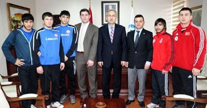 Bartın Üniversitesi BESYO Öğrencileri Madalyayla döndü