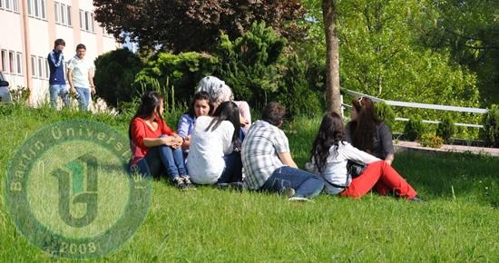 Bartın Üniversitesi'ne 98 yabancı uyruklu öğrenci alınacak