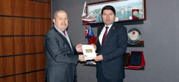 Bartınlı İslam Tarihi Profesöründen Tunç'a Ziyaret