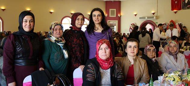 Bartınlı Kadınlar, Dünya Kadınlar Gününü Kutladı