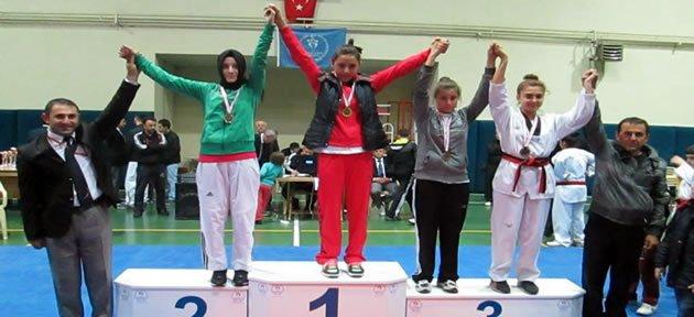 Bartınlı Taekwondoculardan 7 Madalya