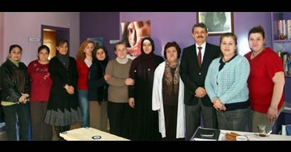 Başkan Kadın Danışma Merkezi'nde