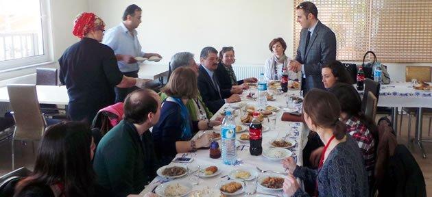 Başkan Yabancı Konuklarla Yemekte