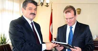"""Başkan'dan Başsavcı Şaban Yılmaz'a """"hoş geldin"""" ziyareti"""