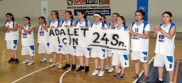 Basketçilerden İlginç Protesto
