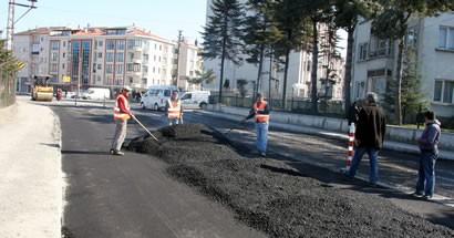 Belediye asfalt sezonunu açtı