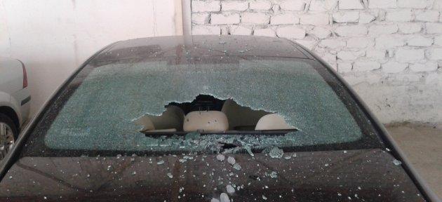 Belediye Başkanı Yardımcının Arabası Kurşunlandı