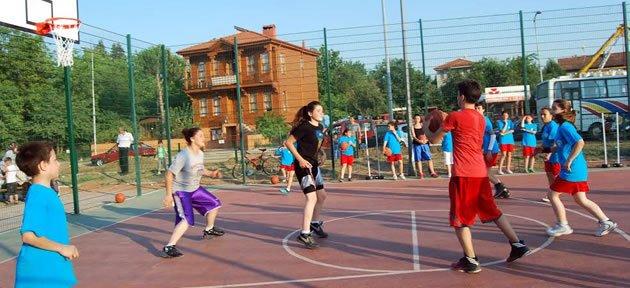 Belediye'den Spora Destek