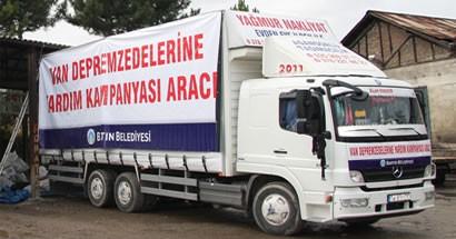 Belediye'nin topladığı yardımlar Van'a gönderildi