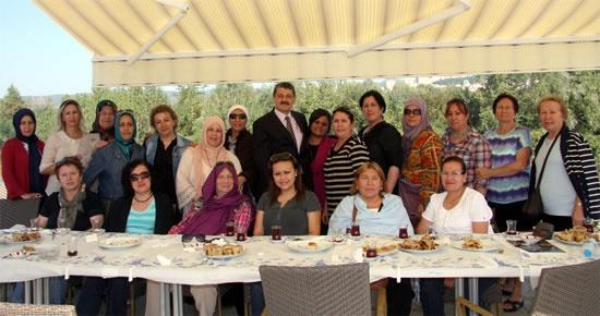 Beşiktaşlı MHPli bayanlar Bartın'da