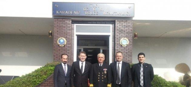 Beşiktaşlılar'dan Karadeniz Bölge Komutanına Ziyaret