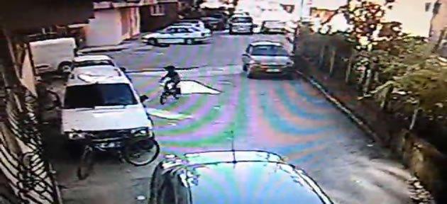 Bisikletli küçük hırsız kameralara yakalandı - Video
