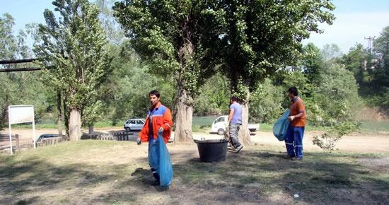 Çağlayan Piknik alanı temizleniyor