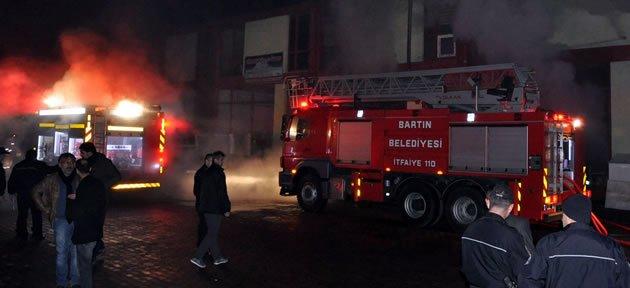 Çıkan Yangında Mobilya Atölyesi Kül Oldu