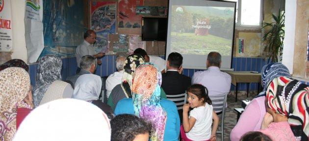 Çilek Yetiştiriciliği Konferansı