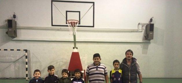 Çilimli'de Basketbolun Meyvesi 2 Takım