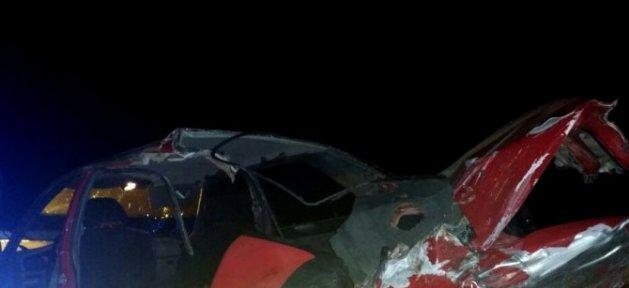 Çorum'da Otomobille Kamyonet Çarpıştı : 1 Ölü, 3 Yaralı