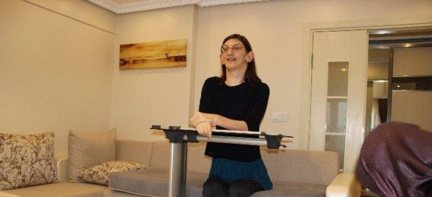 Dünyanın En Uzun Kızı Oyunu Kullanamadı