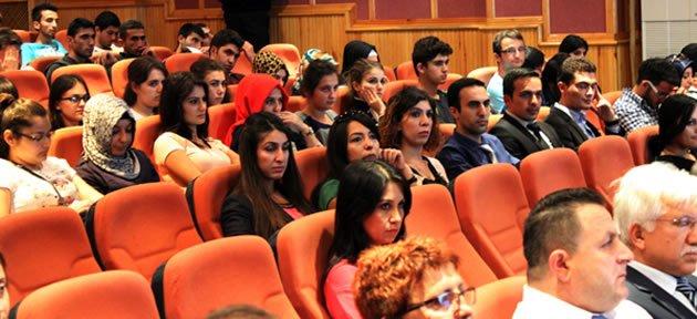 Eğitim Fakültesi'nde Tanışma Toplantısı