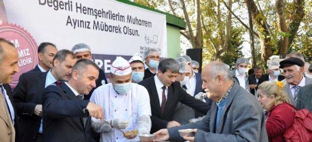 Ereğli Belediyesi 6 Bin Aşure Dağıttı