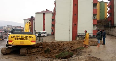Esentepe'de yağmur suyu hattı çalışması