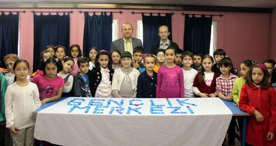 Gençlik Merkezi'nden 10.000 Kapakla Destek