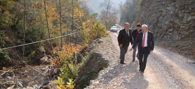 Genel Sekreter Uzun Yenice'de Köy Yollarında İncelemelerde Bulundu