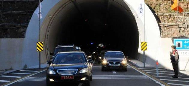 Amasra ve Kurucaşile tünelleri açıldı