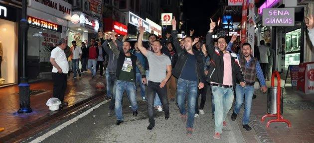 HDP Binasına Saldırı: 2 Gözaltı, 1 Polis Yaralı
