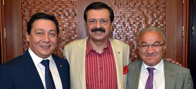 Hisarcıklıoğlu'ndan yeni yönetime övgü