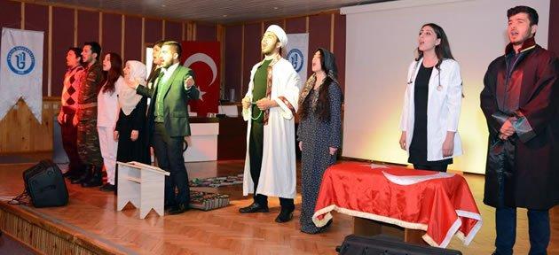 İstiklal Marşı Piyesi büyük beğeni topladı