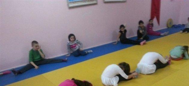Jimnastik Antrenmanları Başladı