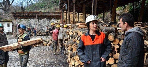 Kadın Mühendis, Kadınlar Günü'nü Yerin Metrelerce Altında Kutladı