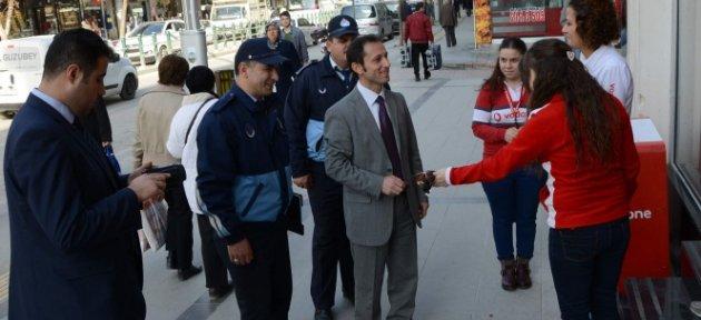 Kaldırım işgali yapan 17 esnafa para cezası