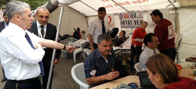 Kan Bağışı Kampanyası'na yoğun ilgi