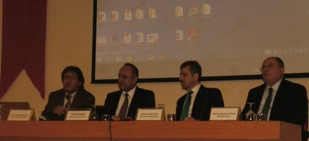 Kastamonu'da 'kentsel Dönüşüm' Konulu Panel Düzenlendi