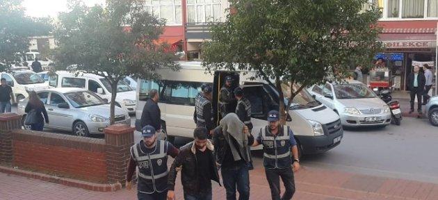 Kocaeli'de Torbacı Operasyonu: 5 Gözaltı