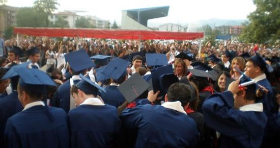 Köksal Toptan Lisesi'nde mezuniyet heyecanı