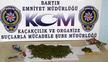 KOM Şube'den Uyuşturucu Operasyonu