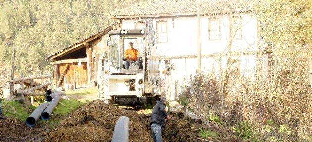 Köylerin Alt Yapı Sorunları Çözülüyor