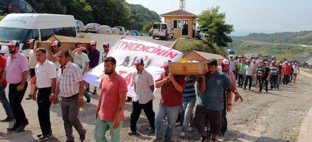 Madencilerden 5.Günde Tabutlu Eylem