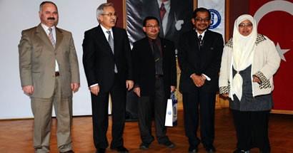 Malezyalı Akademisyenler Yeşil Kampüsü Tanıttı