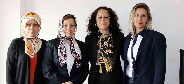 MHP'den Kütüphane Haftası ziyareti